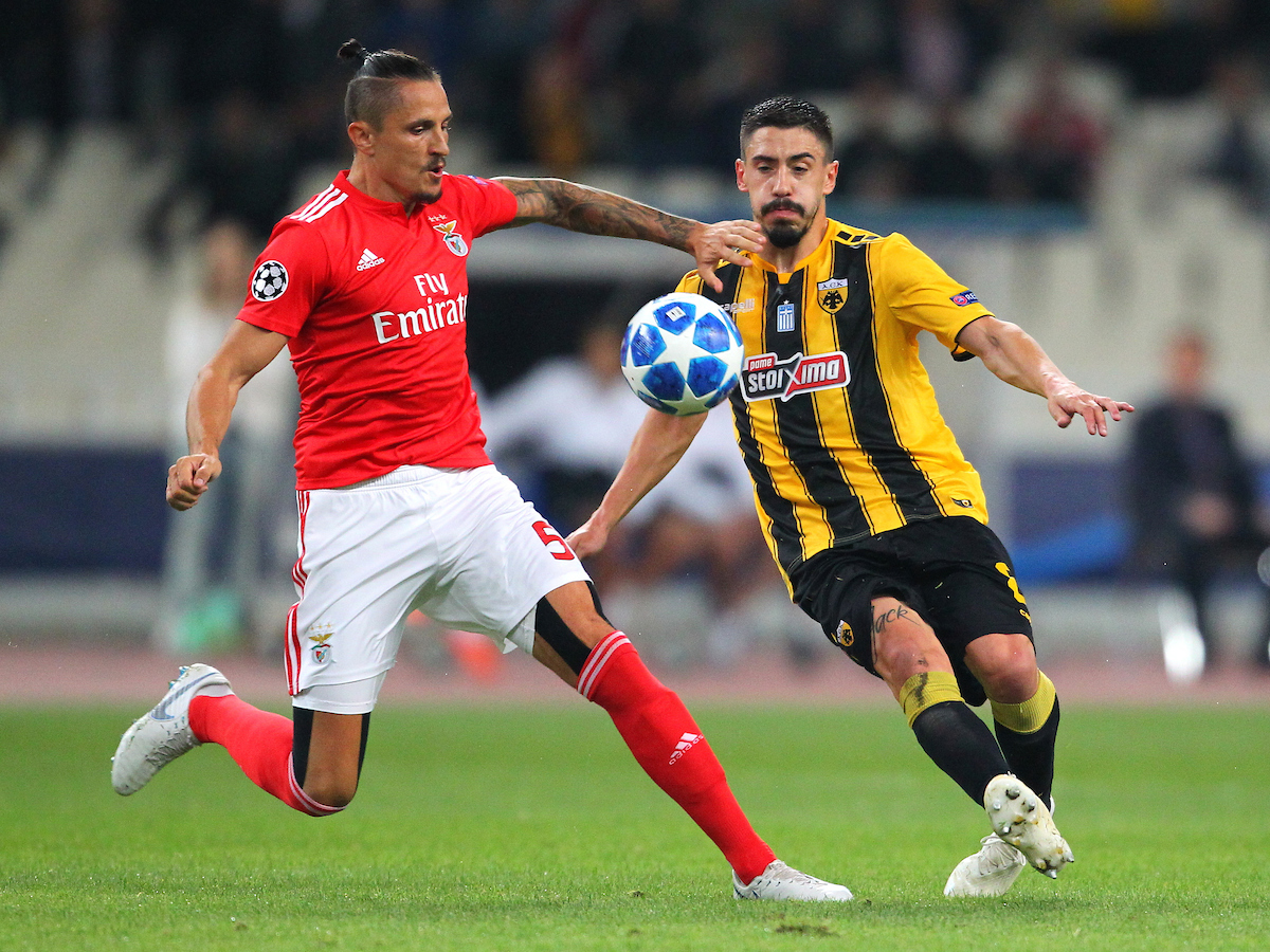 Andre Simoes of AEK Athens and Ljubomir Fejsa of Benfica during the UEFA Champions League match at Olympic Stadium, Athens Picture by Yannis Halas/Focus Images Ltd +353 8725 82019 02/10/2018