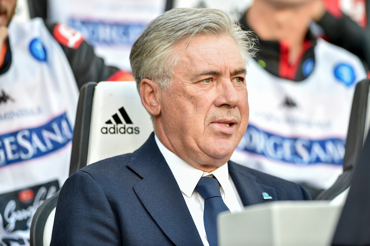 Carlo Ancelotti vuelve a encontrarse con James. Foto: Antonio Polia/Focus Images Ltd