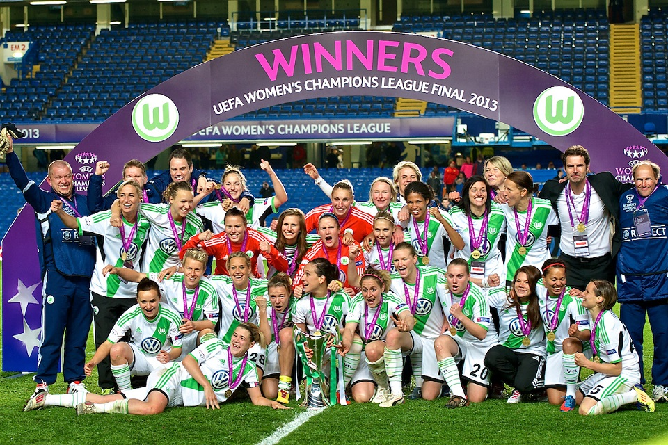 Picture by Ian Wadkins/Focus Images Ltd +44 7877 568959.23/05/2013.Wolfsburg players celebrate winning the UEFA Women's Champions League match at Stamford Bridge, London..