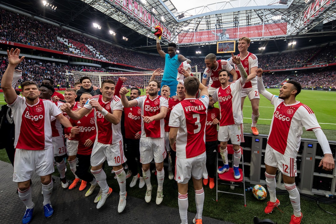 Ajax Amsterdam celebrating unofficial championship win after the Dutch Eredivisie match at Johan Cruyff Arena, Amsterdam Picture by Sjoerd Tullenaar/Focus Images Ltd +31655744888 12/05/2019