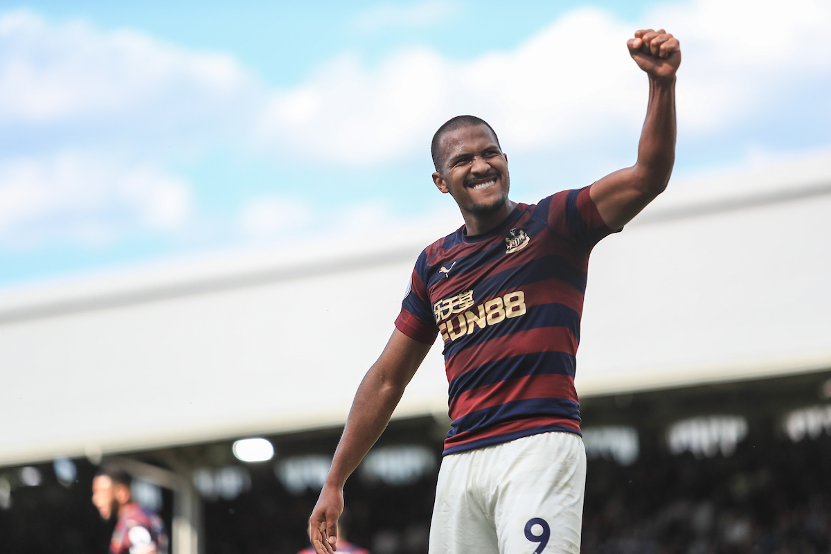 Salomon Rondon of Newcastle United celebrates scoring their fourth goal against Fulham during the Premier League match at Craven Cottage, London Picture by Romena Fogliati/Focus Images Ltd 07576143919 12/05/2019