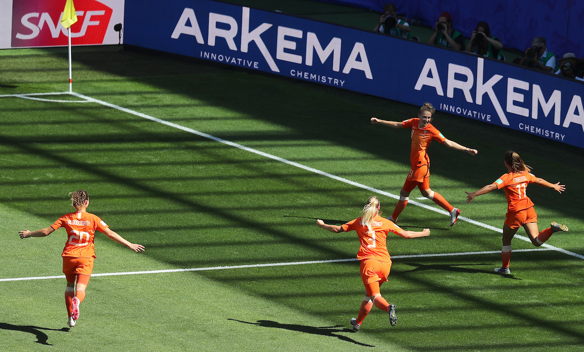 Vivianne Miedema of Netherlands Women celebrates scoring with teammates during the 2019 FIFA Women's World Cup Quarter-final match at Stade du Hainaut, Valenciennes Picture by Kunjan Malde/Focus Images Ltd +447523653989 29/06/2019