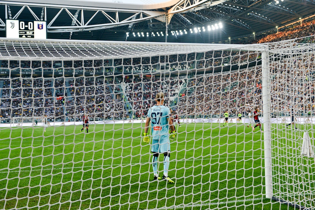 Ionut Radu of Genoa C.F.C. during the Serie A match at Juventus Stadium, Turin Picture by Antonio Polia/Focus Images Ltd +393473147935 20/10/2018