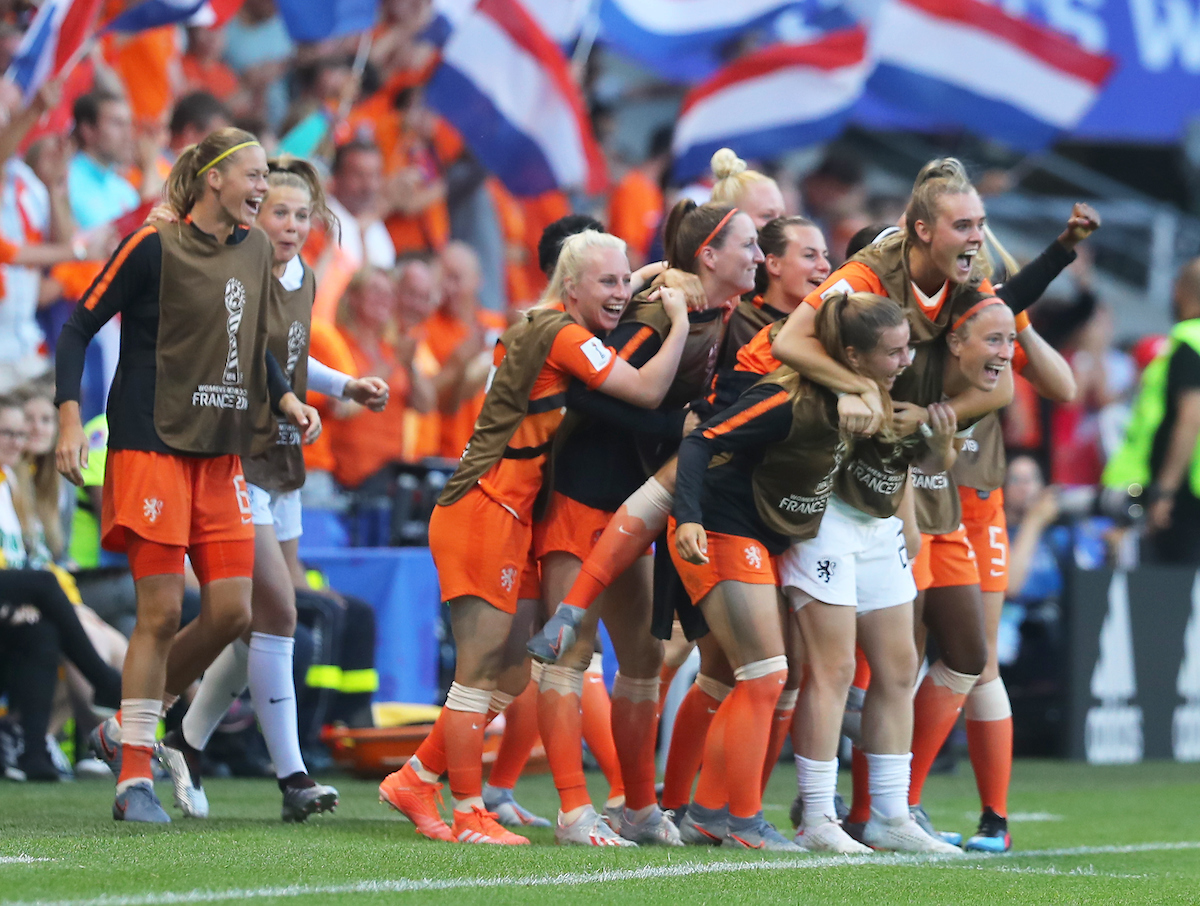 The bench of Netherlands Women celebrate after the first goal during the 2019 FIFA Women's World Cup match at Roazhon Park, Rennes Picture by Kunjan Malde/Focus Images Ltd +447523653989 25/06/2019