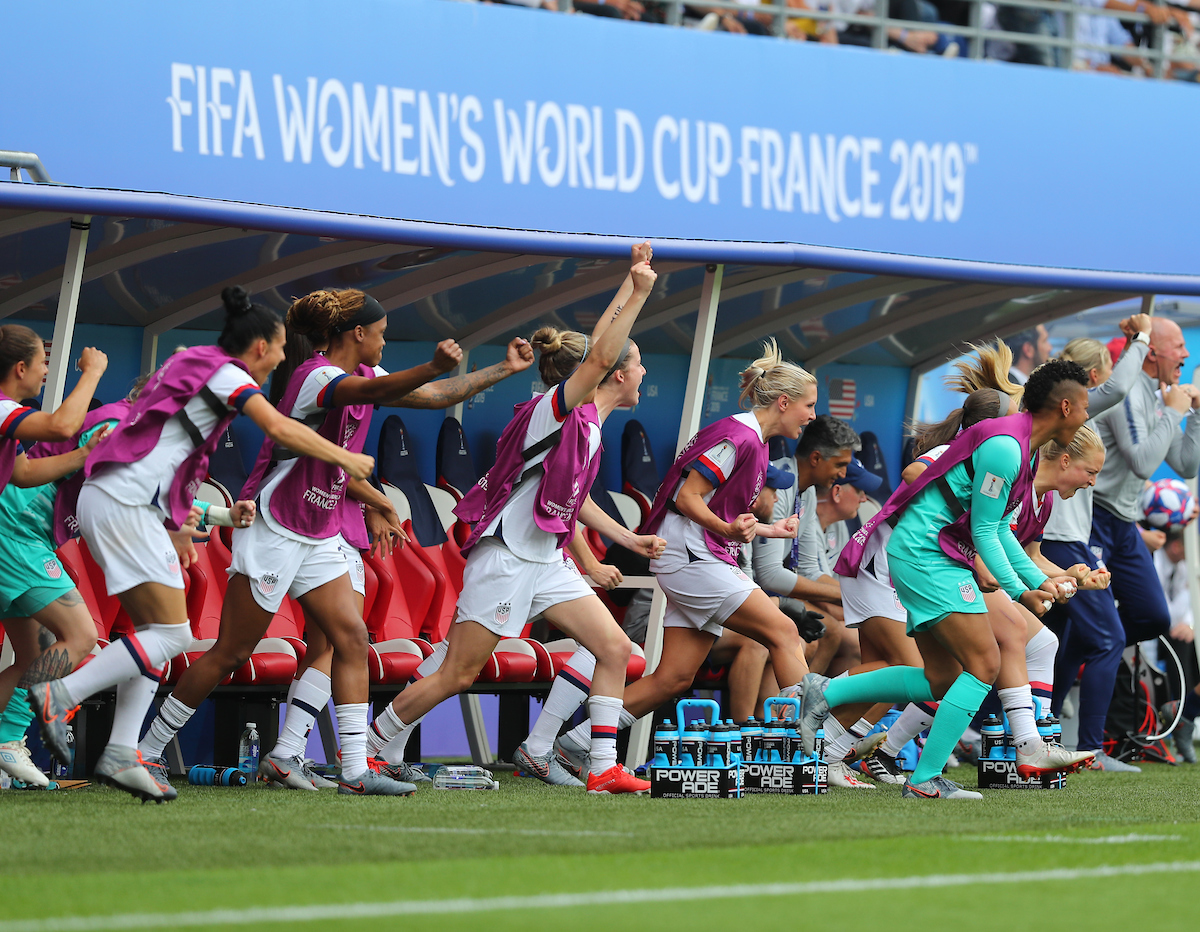 The team bench of USA Women celebrate their first goal during the 2019 FIFA Women's World Cup match at Stade Auguste Delaune, Reims Picture by Kunjan Malde/Focus Images Ltd +447523653989 24/06/2019