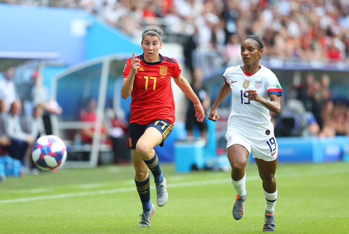 Lucia Garcia of Spain Women and Crystal Dunn of USA Women during the 2019 FIFA Women's World Cup match at Stade Auguste Delaune, Reims Picture by Kunjan Malde/Focus Images Ltd +447523653989 24/06/2019