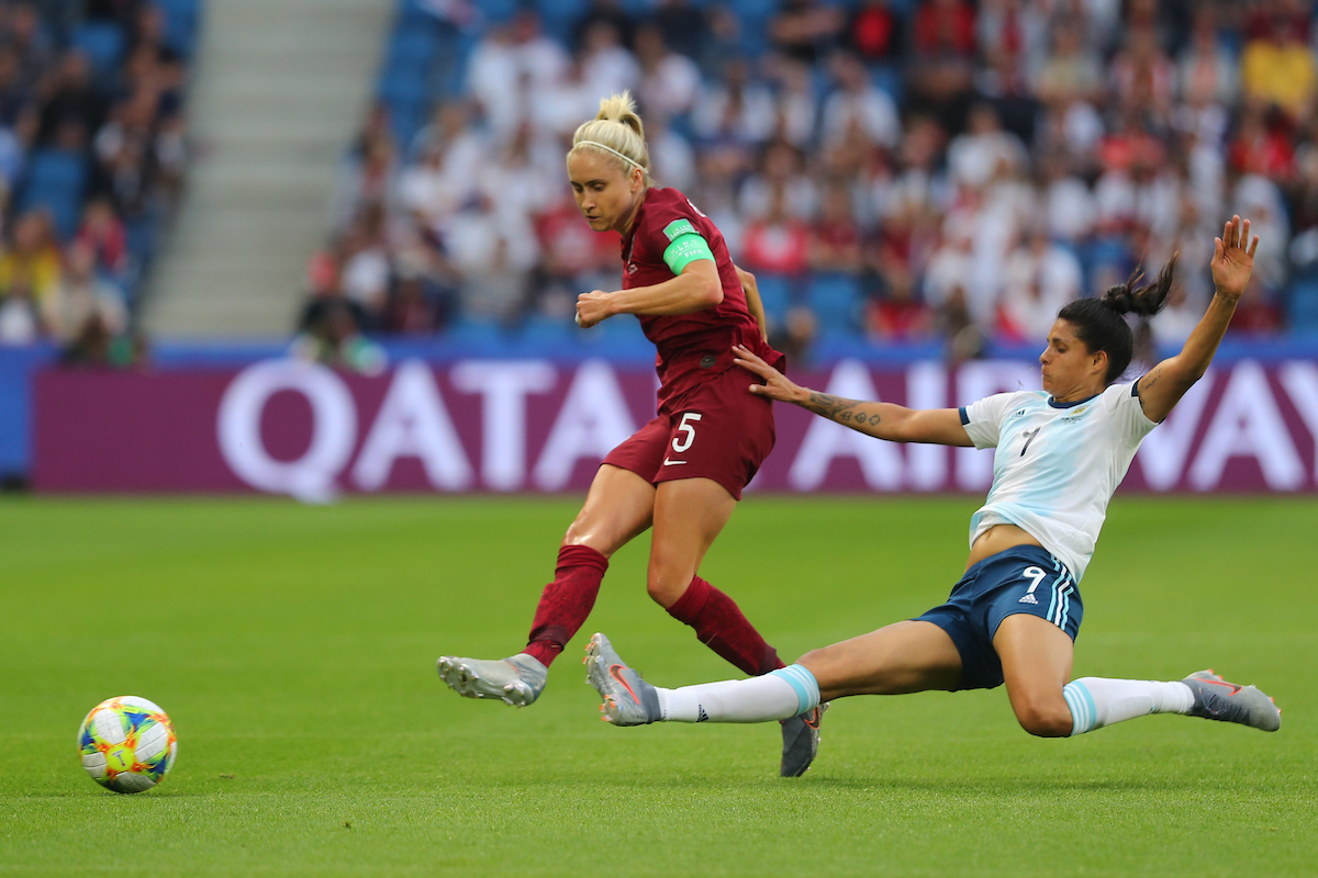 Steph Houghton of England Women and Sole Jaimes of Argentina Women during the 2019 FIFA Women's World Cup match at Stade Oceane, Le Havre Picture by Kunjan Malde/Focus Images Ltd +447523653989 14/06/2019