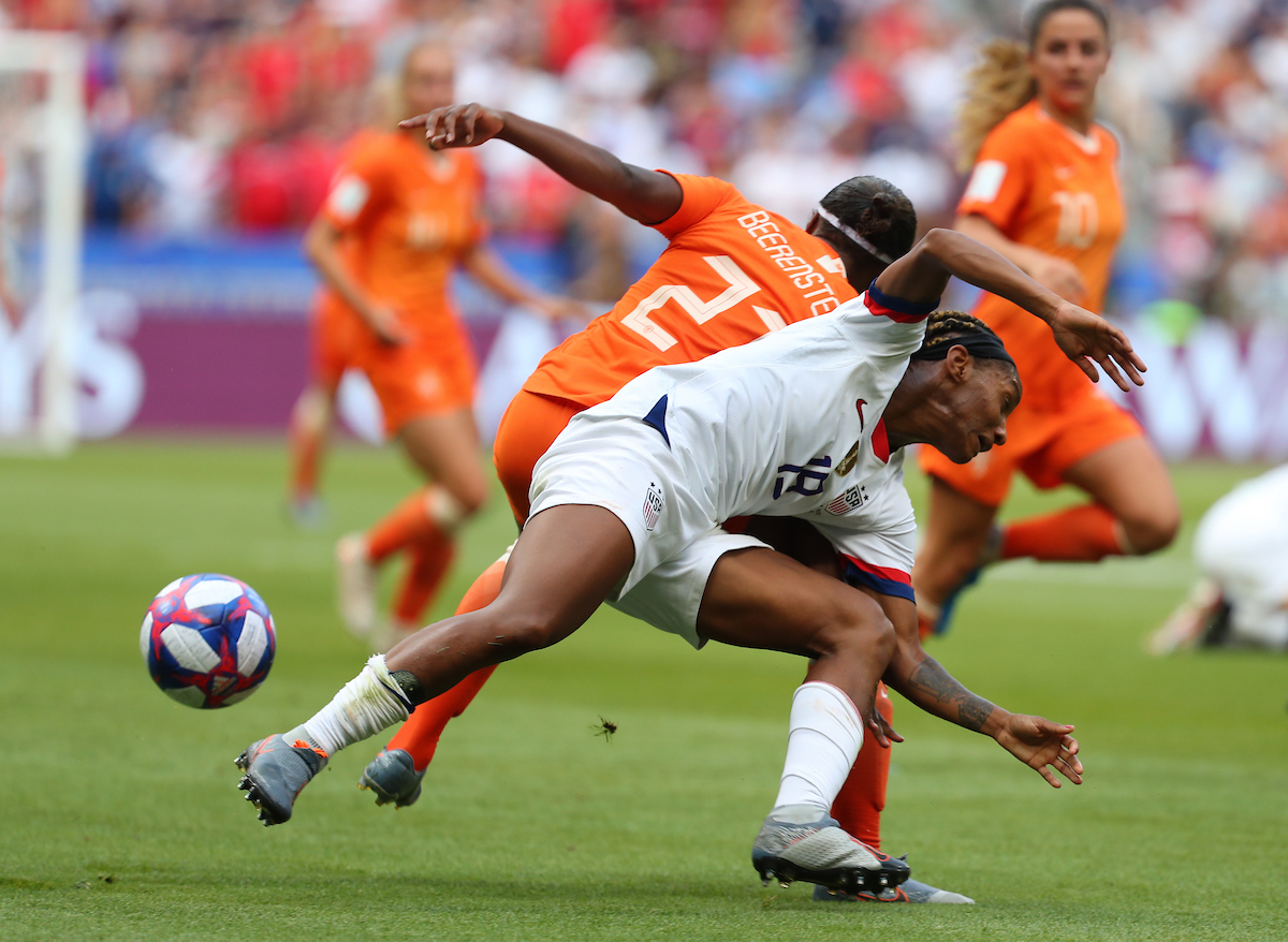 Crystal Dunn of USA Women and Lineth Beerensteyn of Netherlands Women during the 2019 FIFA Women's World Cup Final at Stade de Lyons, Lyons Picture by Kunjan Malde/Focus Images Ltd +447523653989 07/07/2019