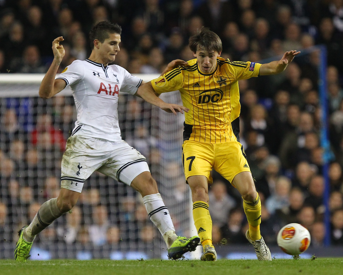 Picture by John Rainford/Focus Images Ltd +44 7506 538356 07/11/2013 Erik Lemela of Tottenham Hotspur and Valentin Furdui of FC Sheriff Tiraspol during the UEFA Europa League match at White Hart Lane, London.
