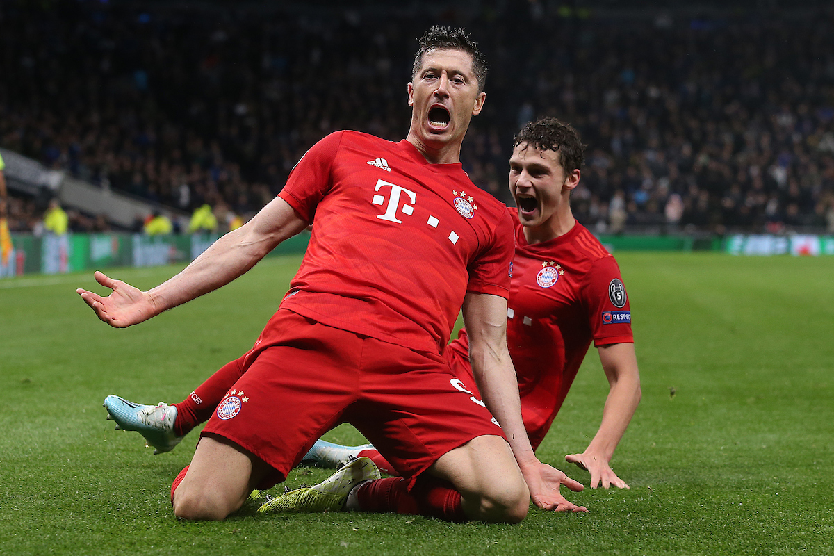 Robert Lewandowski está en racha. Foto: Paul Chesterton/Focus Images Ltd.