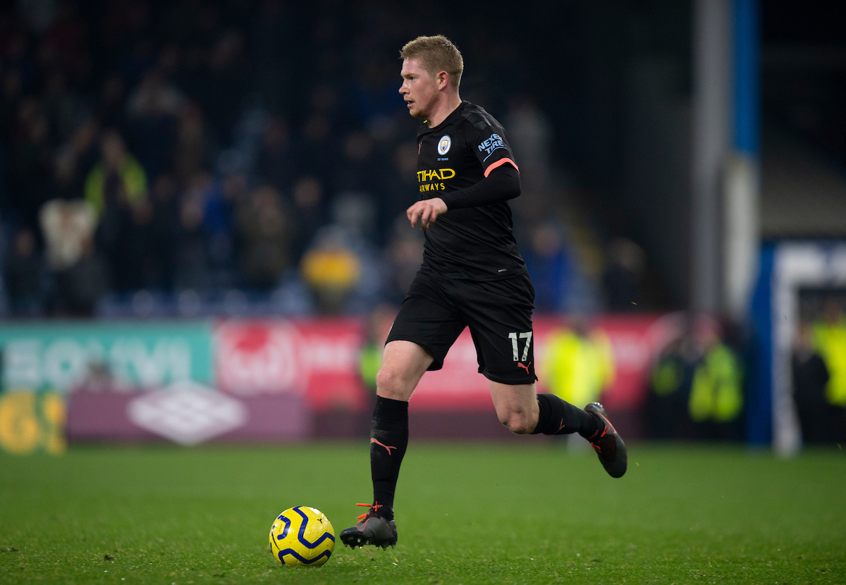 Kevin De Bruyne of Manchester City brings the ball forward during the Premier League match at Turf Moor, Burnley Picture by Russell Hart/Focus Images Ltd 07791 688 420 03/12/2019