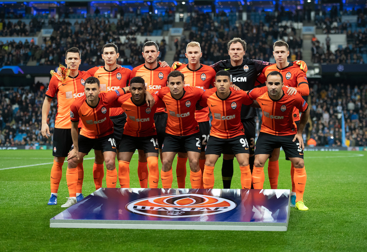 The Shakhtar Donetsk players before the UEFA Champions League match at the Etihad Stadium, Manchester Picture by Russell Hart/Focus Images Ltd 07791 688 420 26/11/2019