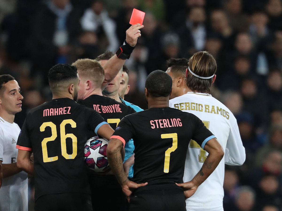 Sergio Ramos of Real Madrid receives a red card from match referee Daniele Orsato during the UEFA Champions League match at the Estadio Santiago Bernabeu, Madrid Picture by Yannis Halas/Focus Images Ltd +353 8725 82019 26/02/2020