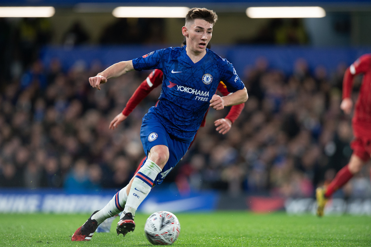 Billy Gilmour, el joven mediocentro que se ha ganado a Stamford Bridge. Foto: Alan Stanford/Focus Images Ltd.
