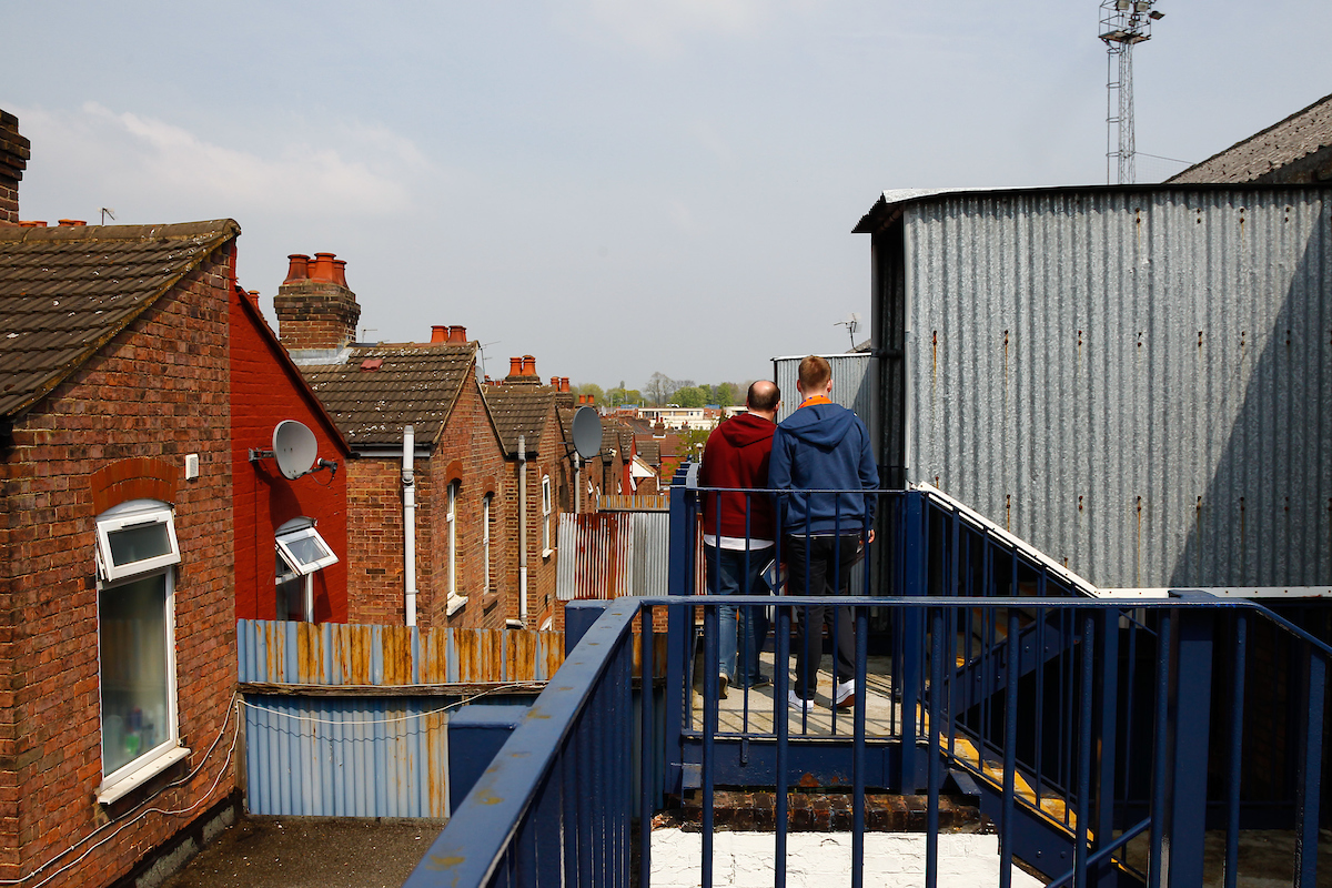 Luton Town fans enter the Kenilworth Road stadium via the Oak Road Stand with residential houses in the background ahaed of the Skrill Conference Premier match at Kenilworth Road, Luton Picture by David Horn/Focus Images Ltd +44 7545 970036 21/04/2014