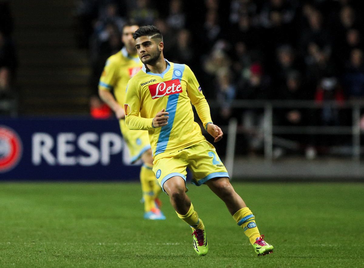Lorenzo Insigne volverá ser una temporada más el capitán general del Nápoles. Foto: Tom Smith/Focus Images Ltd