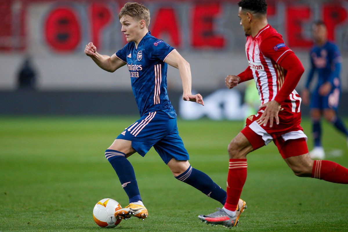 Martin Ødegaard of Arsenal runs with the ball during the UEFA Europa League match at Karaiskakis Stadium, Piraeus Picture by Focus Images/Focus Images Ltd 07813 022858 11/03/2021