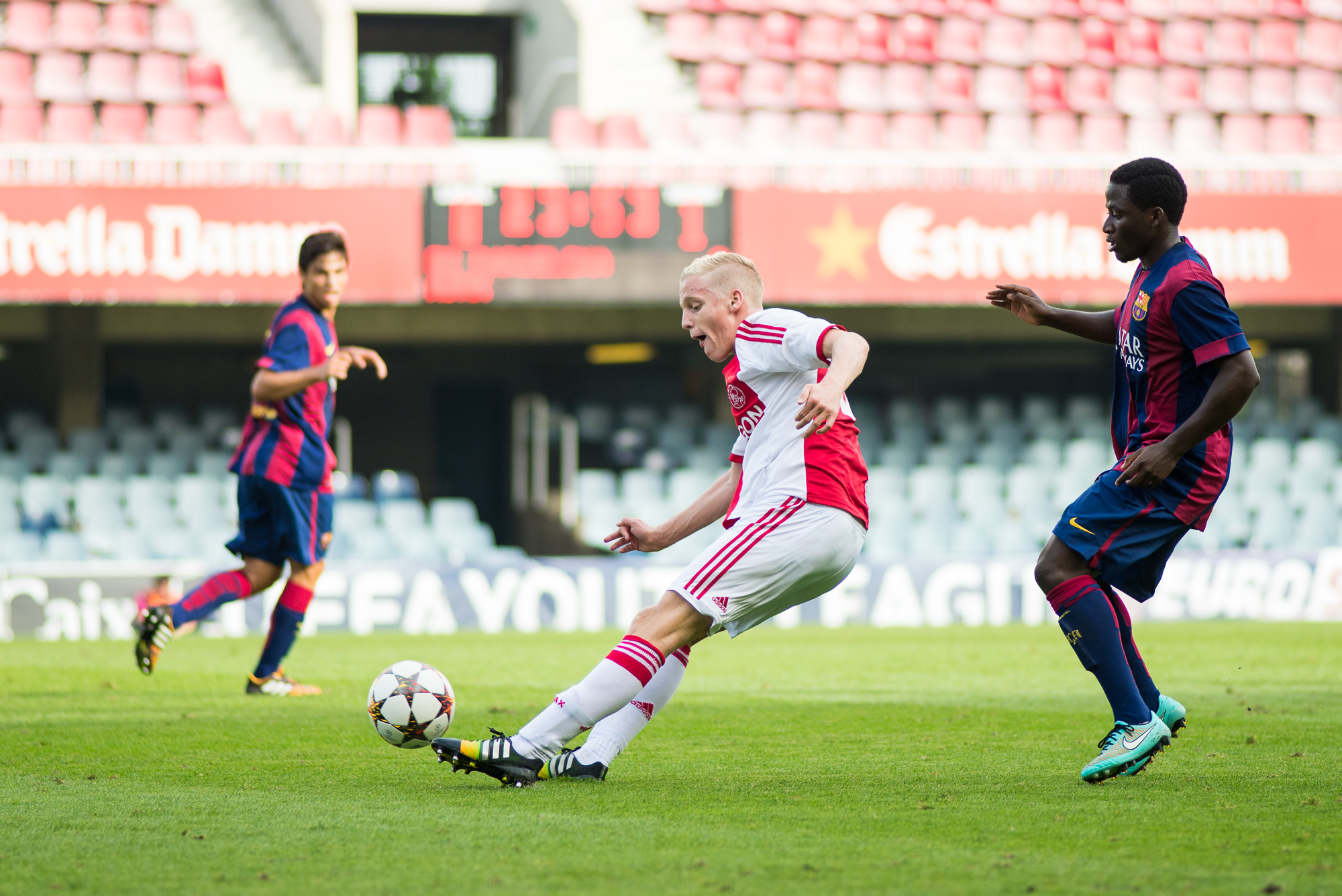 Van de Beek Youth League Ajax Eduardo Ferrer Alcover