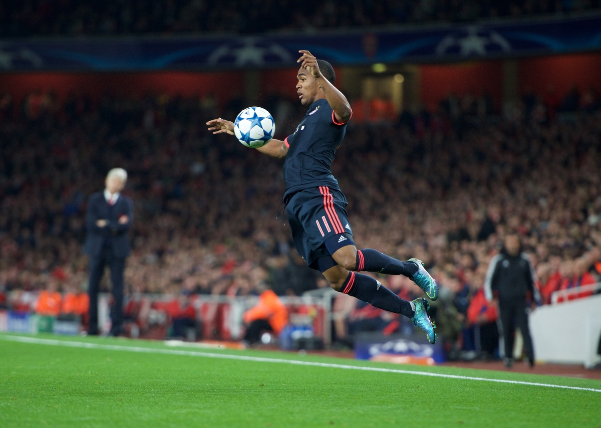 Douglas Costa of Bayern Munich during the UEFA Champions League match at the Emirates Stadium, London Picture by Alan Stanford/Focus Images Ltd +44 7915 056117 20/10/2015