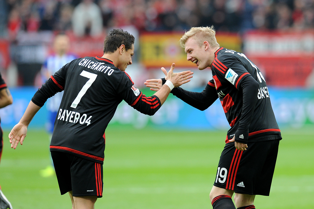 Javier Hernandez and Julian Brandt of Bayer Leverkusen celebrate during the Bundesliga match at BayArena, Leverkusen Picture by EXPA Pictures/Focus Images Ltd 07814482222 30/04/2016 ***UK & IRELAND ONLY*** EXPA-EIB-160430-0118.jpg