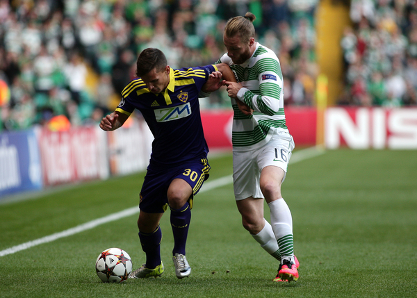 Jo Inge Berget of Celtic and Petar Stojanovič of NK Maribor during the UEFA Champions League  Qualifier Play Off Second Leg match at Celtic Park, Glasgow Picture by Ian Buchan/Focus Images Ltd +44 7895 982640 26/08/2014