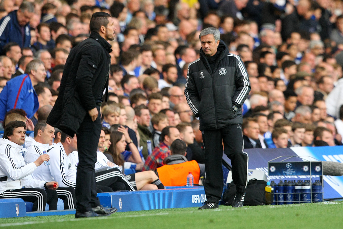 Simeone Mourinho Focus CHELSEA ATHLETICO MADRID 073