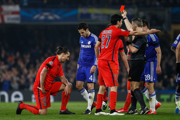 Zlatan Ibrahimovic of Paris Saint-Germain is sent off by Referee, Mr Bjorn Kuipers, during the UEFA Champions League match at Stamford Bridge, London Picture by David Horn/Focus Images Ltd +44 7545 970036 11/03/2015