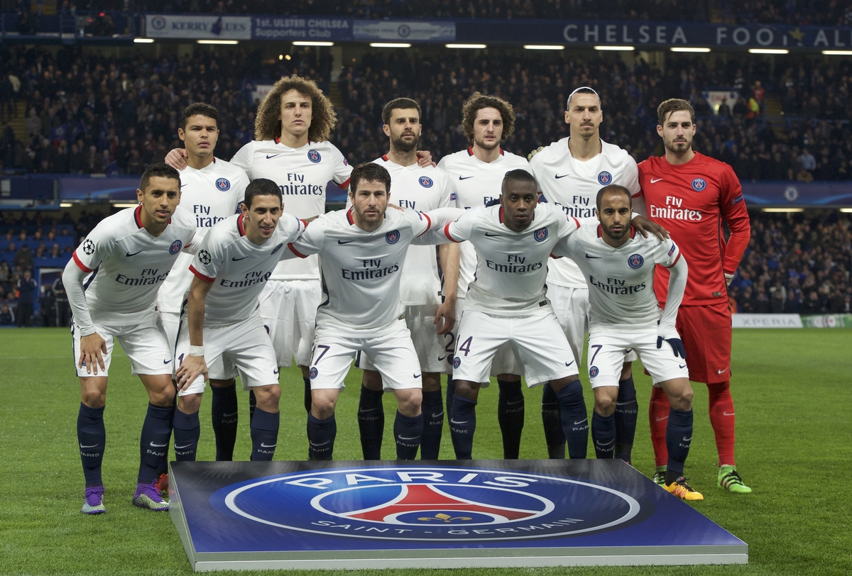 Paris Saint-Germain team photograph before the UEFA Champions League match at Stamford Bridge, London Picture by Alan Stanford/Focus Images Ltd +44 7915 056117 09/03/2016