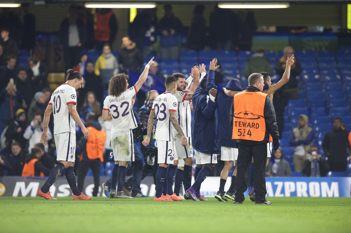 Paris Saint-Germain celebrate their win with their fans after the UEFA Champions League match at Stamford Bridge, London Picture by Alan Stanford/Focus Images Ltd +44 7915 056117 09/03/2016
