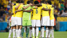The Colombia team huddle before the 2014 FIFA World Cup last 16 match at Maracana Stadium, Rio de Janeiro, Brazil. Picture by Andrew Tobin/Focus Images Ltd +44 7710 761829 28/06/2014