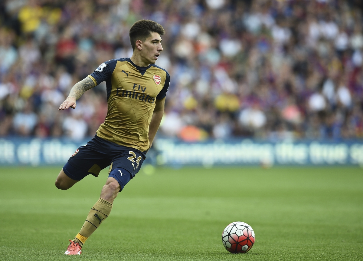 Hector Bellerin of Arsenal during the Barclays Premier League match at Selhurst Park, London Picture by Alan Stanford/Focus Images Ltd +44 7915 056117 16/08/2015