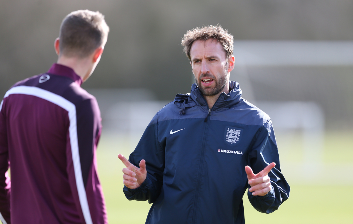 England U21 head coach Gareth Southgate (r) during the England U21 Training at Rockliffe Park, Darlington Picture by Simon Moore/Focus Images Ltd 07807 671782 29/03/2015