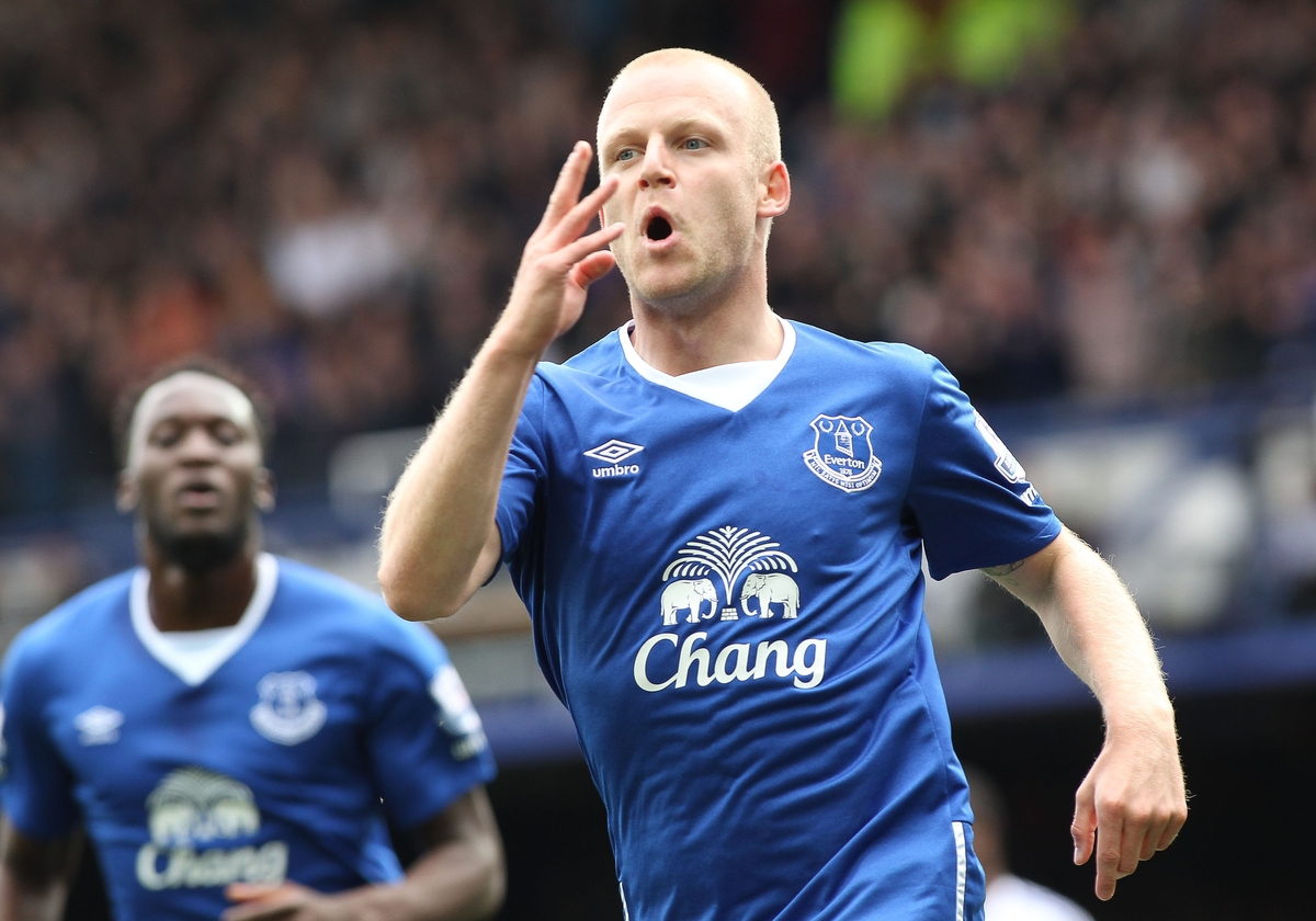 Steven Naismith of Everton celebrates scoring the first goal against Chelsea during the Barclays Premier League match at Goodison Park, Liverpool. Picture by Michael Sedgwick/Focus Images Ltd +44 7900 363072 12/09/2015