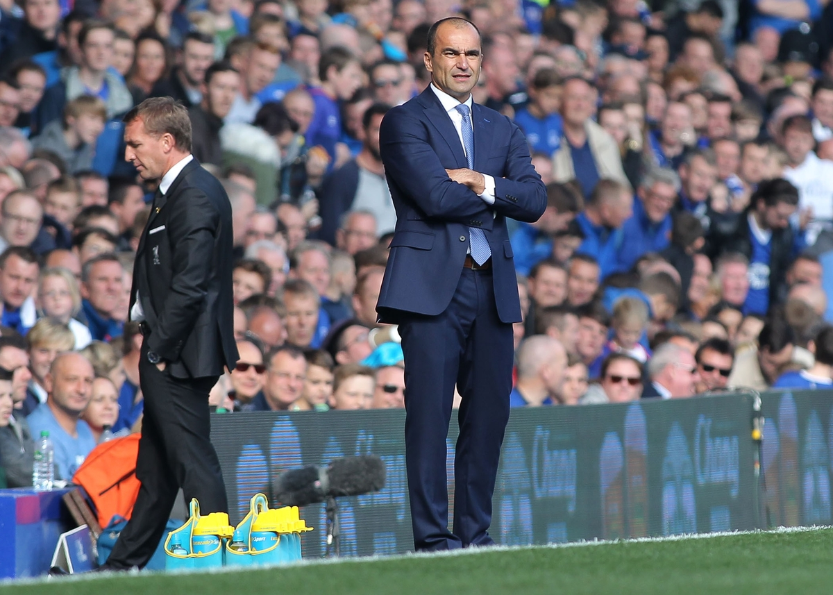 Roberto Martinez manager of Everton on the touchline during the Barclays Premier League match against Liverpool at Goodison Park, Liverpool. Picture by Michael Sedgwick/Focus Images Ltd +44 7900 363072 04/10/2015