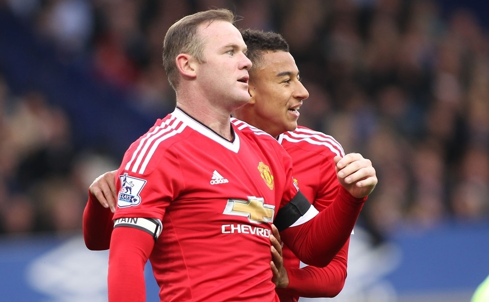 Wayne Rooney y Jesse Lingard (Foto: Focus Images Ltd)