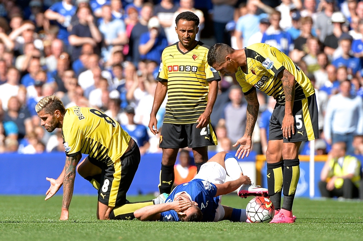 Valon Behrami of Watford (left) fouls Kevin Mirallas of Everton during the Barclays Premier League match at Goodison Park, Liverpool Picture by Ian Wadkins/Focus Images Ltd +44 7877 568959 08/08/2015