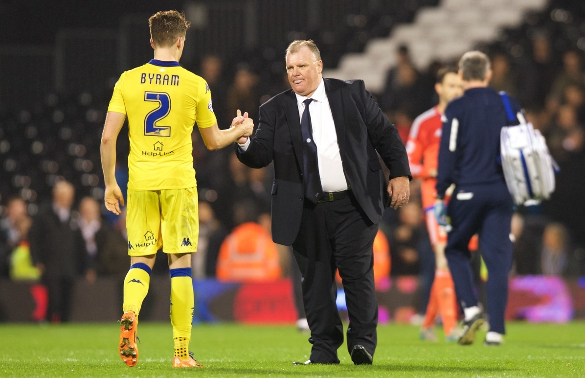 Sam Byram y Steve Evans (Foto: Focus Images Ltd)