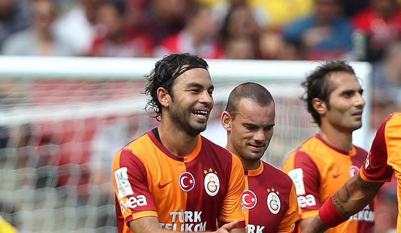 Picture by Paul Terry/Focus Images Ltd +44 7545 642257 03/08/2013 Felipe Melo ( R ) of Galatasaray celebrates with team mates after he scores the opening goal from the penalty spot during the The Emirates Cup match at the Emirates Stadium, London.