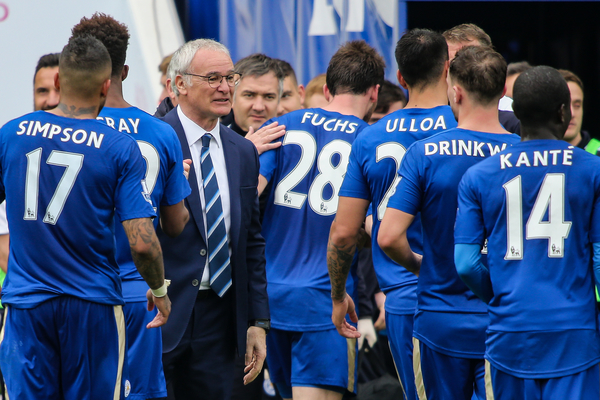 Leicester City manager Claudio Ranieri congratulates his players after the Barclays Premier League match at the King Power Stadium, Leicester Picture by Andy Kearns/Focus Images Ltd 0781 864 4264 03/04/2016