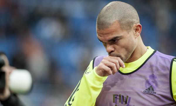 Pepe of Real Madrid during the La Liga match at the Estadio Santiago Bernabeu, Madrid Picture by Marcos Calvo Mesa/Focus Images Ltd +34 654142934 20/12/2015