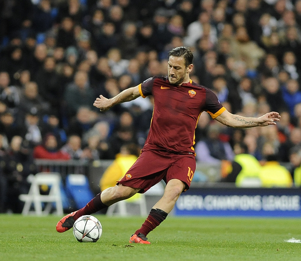 Francesco Totti of A.S. Roma during the UEFA Champions League match at the Estadio Santiago Bernabeu, Madrid Picture by Stefano Gnech/Focus Images Ltd +39 333 1641678 08/03/2016