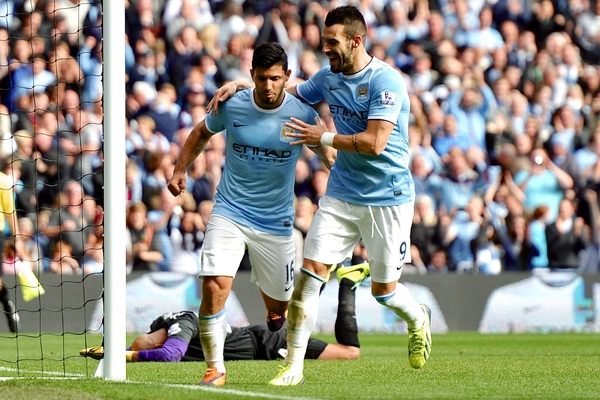 Agüero y Negredo fabricaron el segundo gol citizen (Focus Images Ltd)