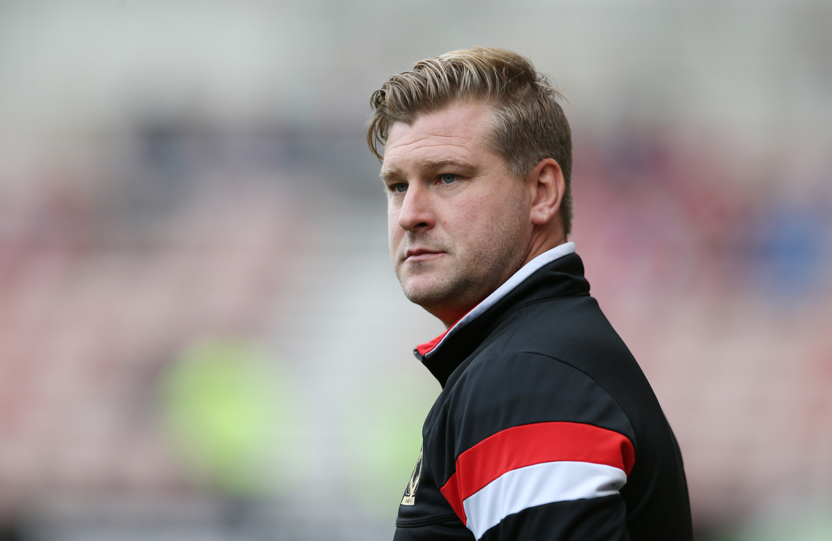 Milton Keynes Dons manager Karl Robinson prior to the Sky Bet Championship match at the Riverside Stadium, Middlesbrough Picture by Simon Moore/Focus Images Ltd 07807 671782 12/09/2015