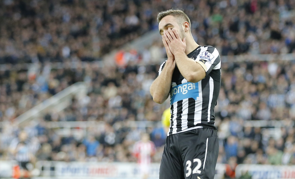 Adam Armstrong of Newcastle United reacts to missing during the Barclays Premier League match at St. James's Park, Newcastle Picture by Simon Moore/Focus Images Ltd 07807 671782 21/12/2014