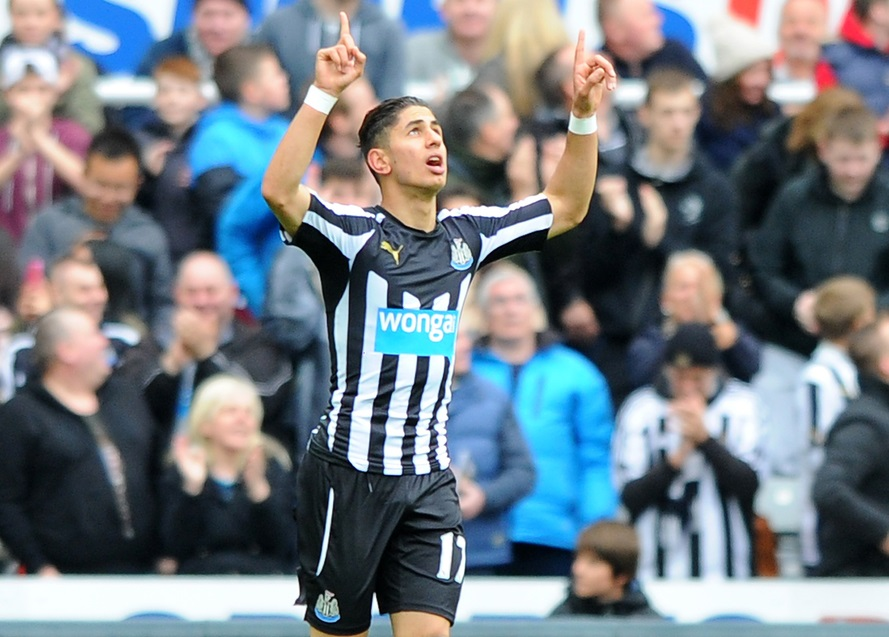 Ayoze Perez of Newcastle United celebrates scoring the opening goal of the match during the Barclays Premier League match at St. James' Park, Newcastle Picture by Greg Kwasnik/Focus Images Ltd +44 7902 021456 25/04/2015