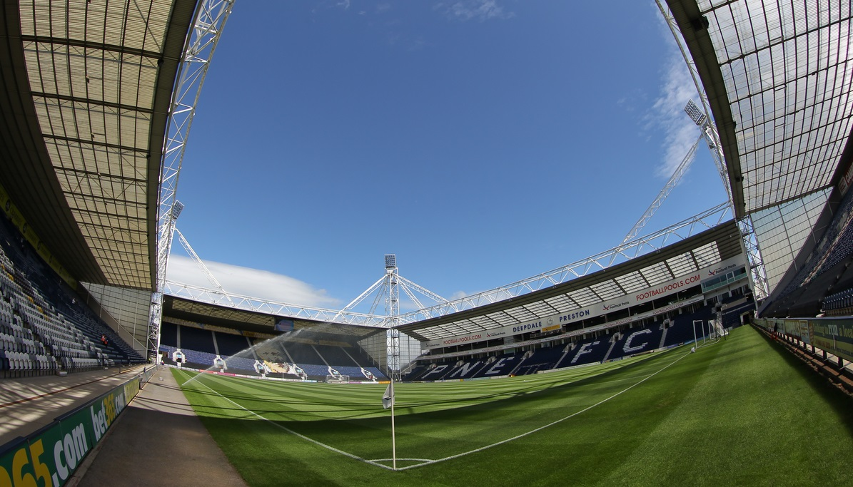 Vista general de Deepdale (Foto: Focus Images Ltd)