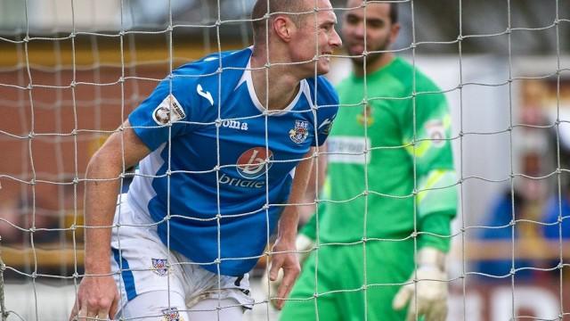 James Constable, delantero del Eastleigh (Foto: Focus Images Ltd)