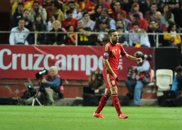 Jordi Alba of Spain leaves the pitch injured during the UEFA Euro 2016 Qualifying match at Estadio Ramón Sánchez-Pizjuán, Seville Picture by Daniel Hambury/Focus Images Ltd +44 7813 022858 27/03/2015