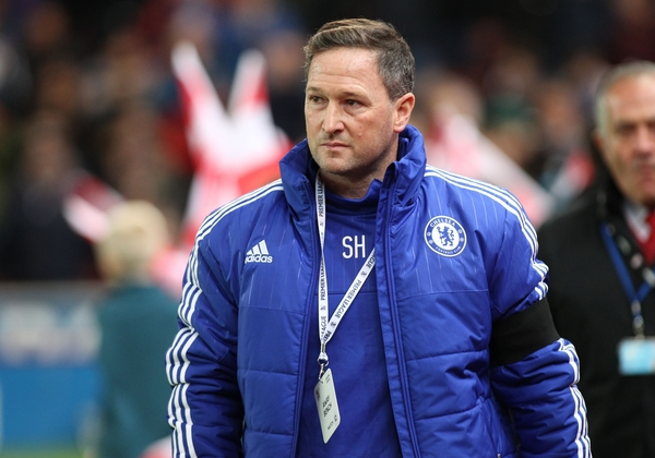 Steve Holland, assistant first team coach of Chelsea, on the touchline prior to the Barclays Premier League match against Stoke City at the Britannia Stadium, Stoke-on-Trent. Picture by Michael Sedgwick/Focus Images Ltd +44 7900 363072 07/11/2015