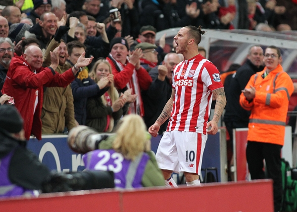 Marko Arnautovic of Stoke City celebrates scoring the first goal against Chelsea during the Barclays Premier League match at the Britannia Stadium, Stoke-on-Trent. Picture by Michael Sedgwick/Focus Images Ltd +44 7900 363072 07/11/2015